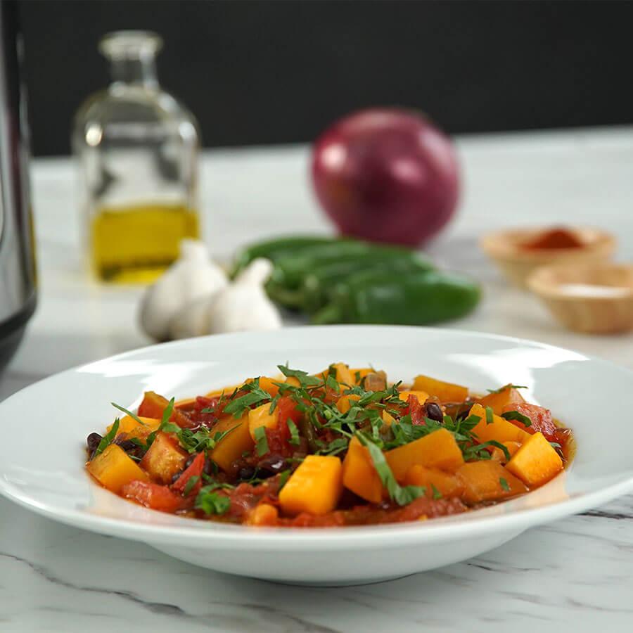 Инстант Пот | Рецепта за Вегетарианско чили с тиква и боб